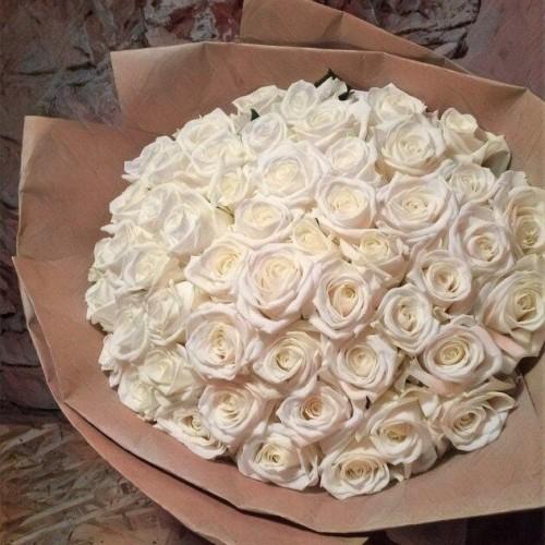 Купить на заказ Заказать Букет из 101 белой розы с доставкой по Рудному с доставкой в Рудном